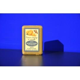 Savonnette à l'huile d'olive - parfumée aux Ecorces d'orange et à la Cannelle 150g