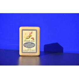 Savonnette au beurre de karité - parfumée à l'Amande amère 150g